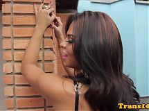 Round booty latina tranny analfucking outdoor