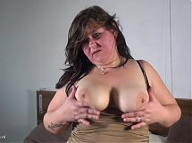 Chubby Dutch mature housewife takes double dildo